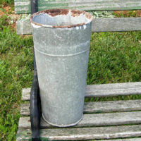 Plain Metal Flower Bucket