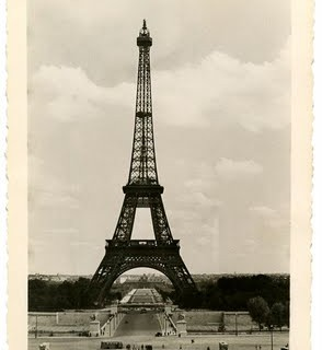Vintage Image – Eiffel Tower – Old Photo