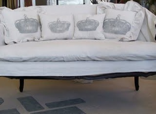 Dropcloth Settee with Crowns