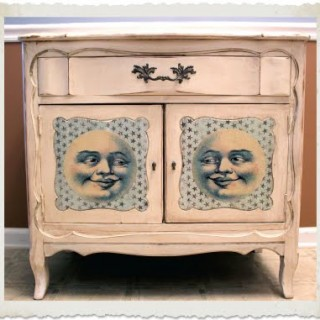 Darling Mod Podged Moon Man Nightstand