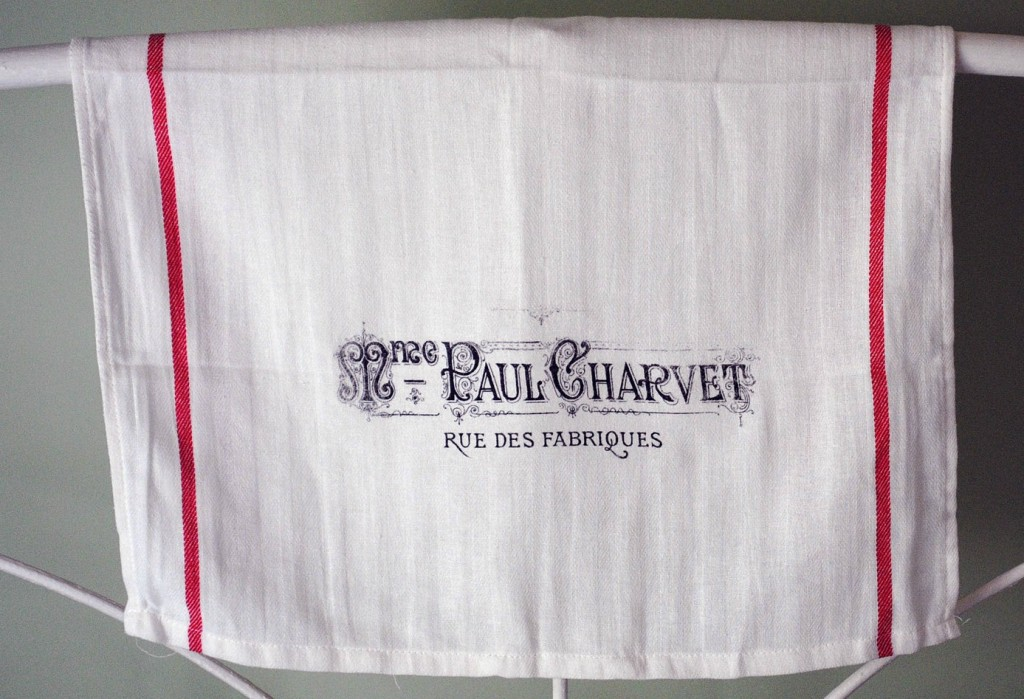 New DIY Project - French Towel - Iron on Transfer - The Graphics Fairy