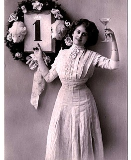 Vintage New Year Clip Art – Lady with Champagne