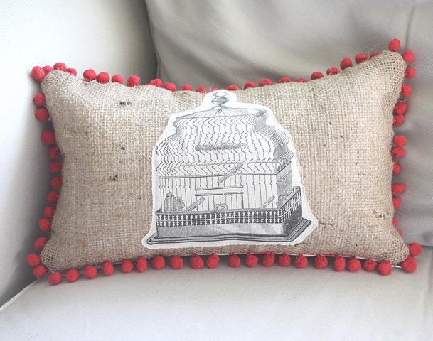 Make Graphic Print Pillow