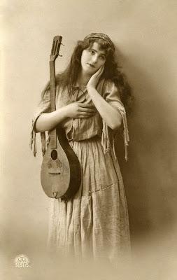 Old Photo Pretty Gypsy