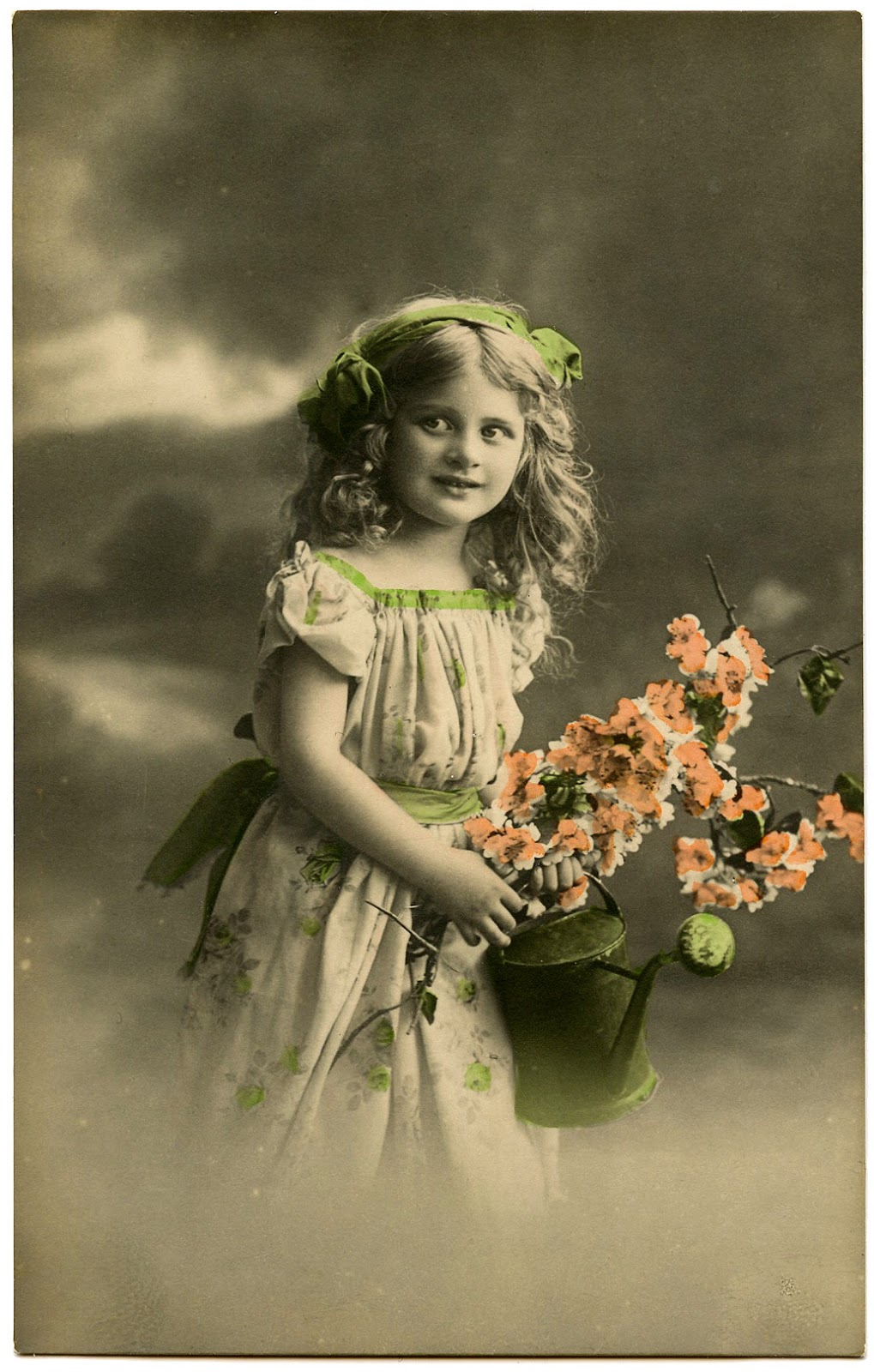 Old Photo - Pretty Little Garden Girl - The Graphics Fairy