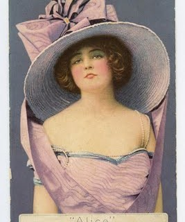 Free Vintage Clip Art – Lady with Fabulous Hat