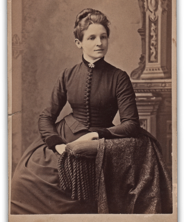 Antique Photo – Elegant Woman
