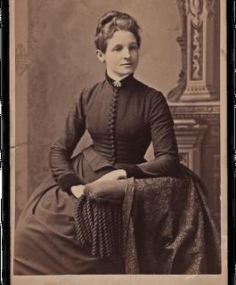 Antique Photo – Elegant Woman
