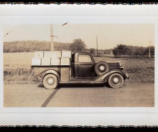 Free Vintage Clip Art – Old Truck