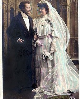Bride & Groom Carte Postale
