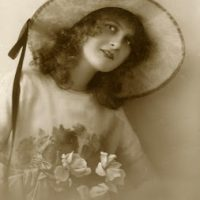 Old Photo - Pretty Vintage Lady with Big Hat
