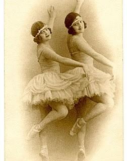 Gorgeous Vintage Image – Ballerinas – Dancers