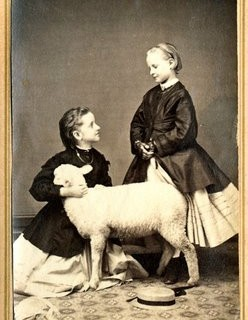 Old Photo – Children with Lamb