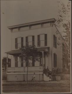Victorian House & Spiffy Children