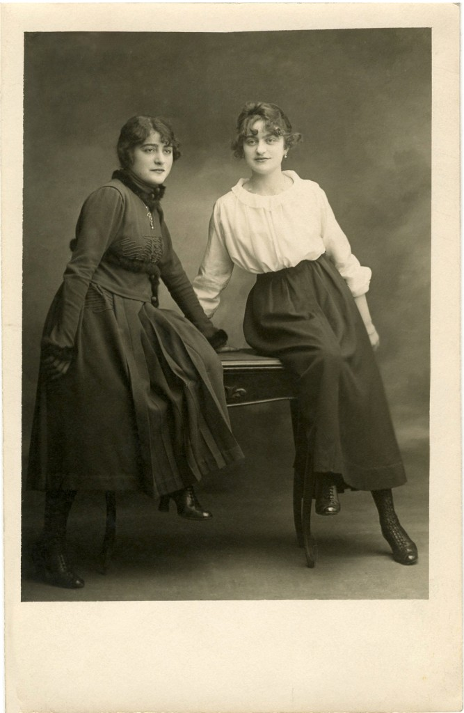 Old Photographs Sisters