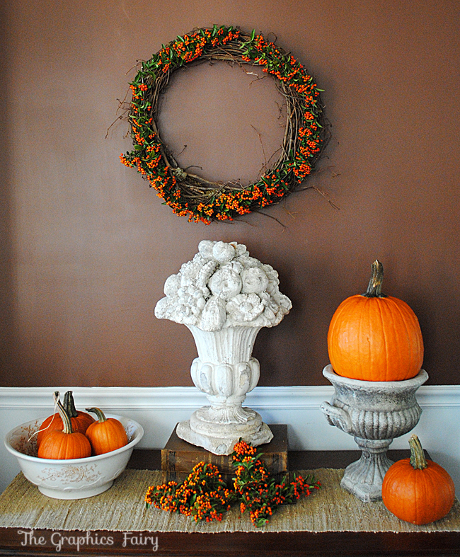 The Dining Room Is Back 4 Ways To Revive Your Fabulous: DIY A Natural Berry Wreath