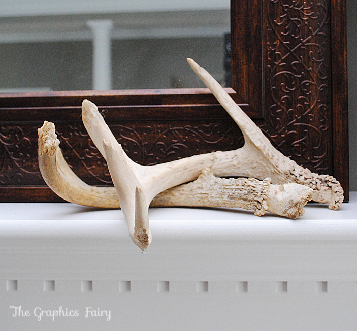 Fall Mantel Antlers