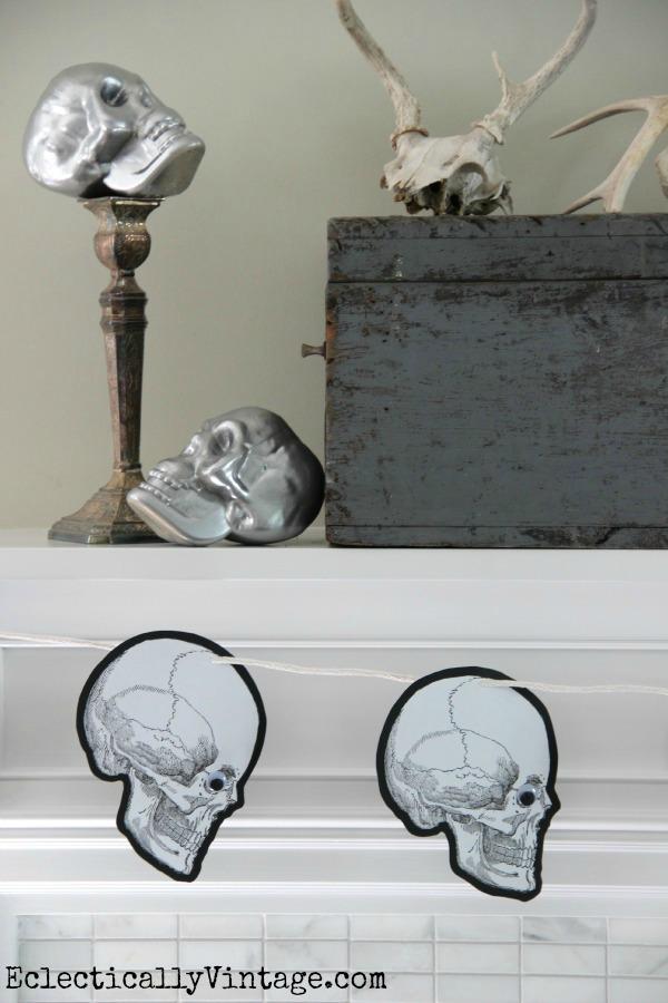 Halloween Skull Banner - free printable