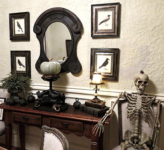 Spooky DIY Halloween Art