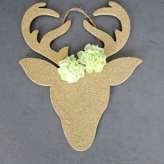 Homemade Christmas Ornaments – Glitter Reindeer