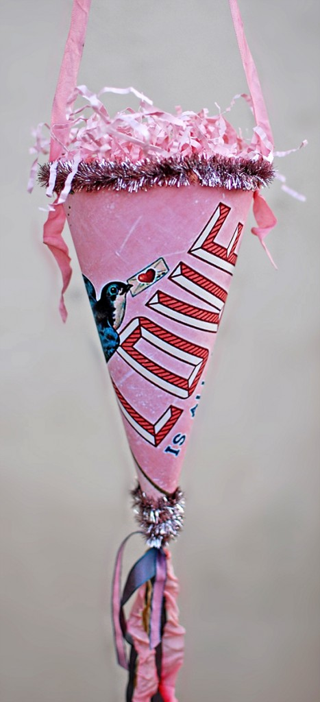 Valentine Paper Cone Craft - Reader Featured Project