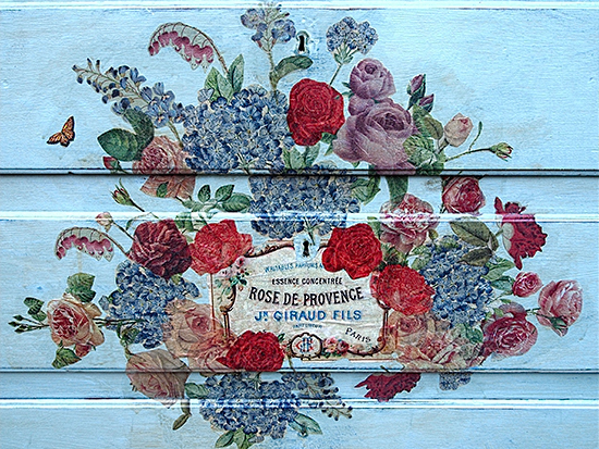 Beautiful Painted Chest of Drawers with French Graphic