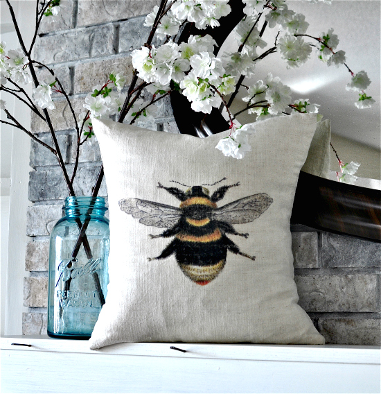 Homemade Pillow with Bee - Reader Featured Project