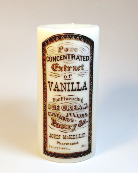 DIY Candle with Vintage Label - Reader Featured Project