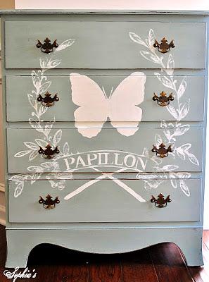 butterfly-Chalk-Paint-dresser