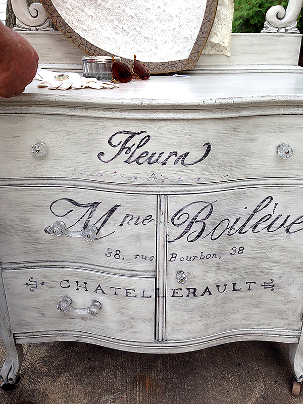 Painted-French-Washstand-2
