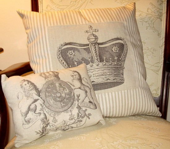 regal+pillows+recyclebyjmgdesigns-1024x898