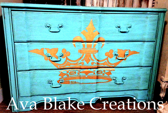 Ava_Blake_Gold_and_Turquoise_Dresser_550w_100dpi