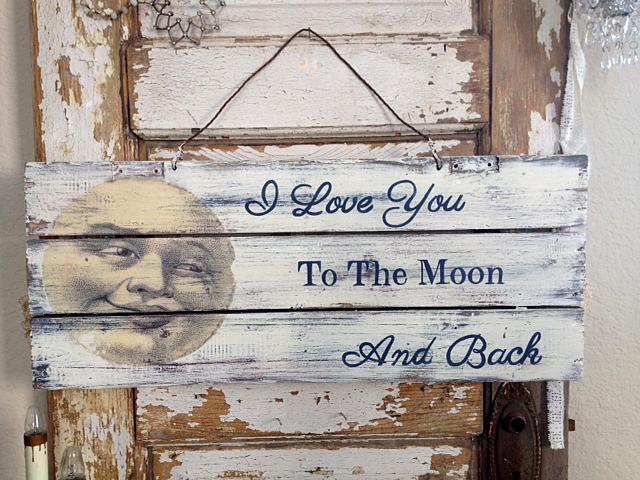 DIY Vintage Moon Sign