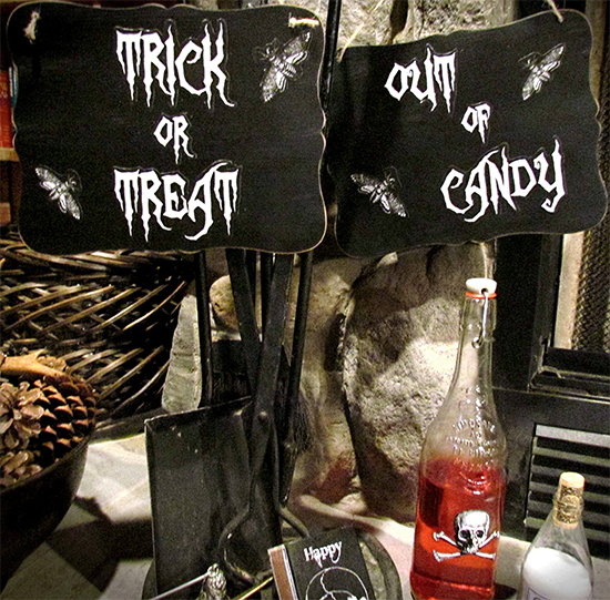 Halloween Signs - Reader Featured Project