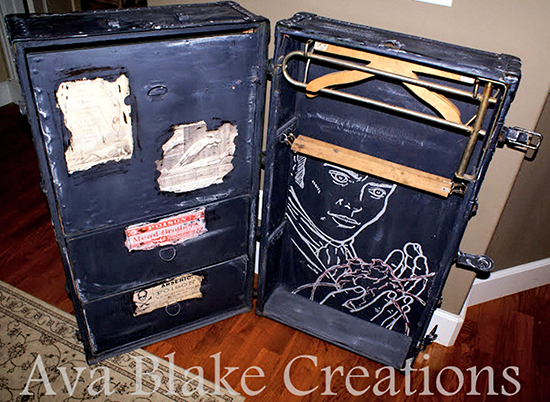 Vintage Halloween Trunk - Reader Featured Project