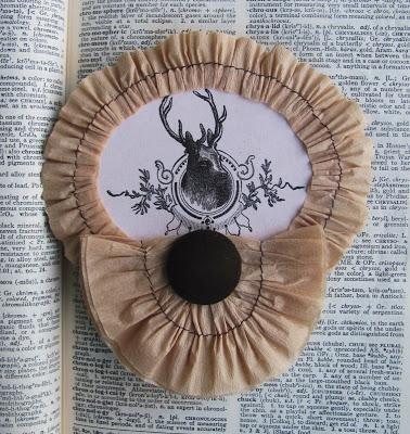 01 - 612 Riverside - Deer Ornament