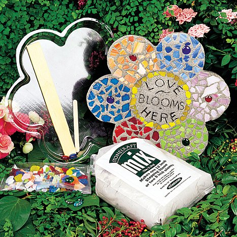 mosaic-flower-stepping-stone-kit