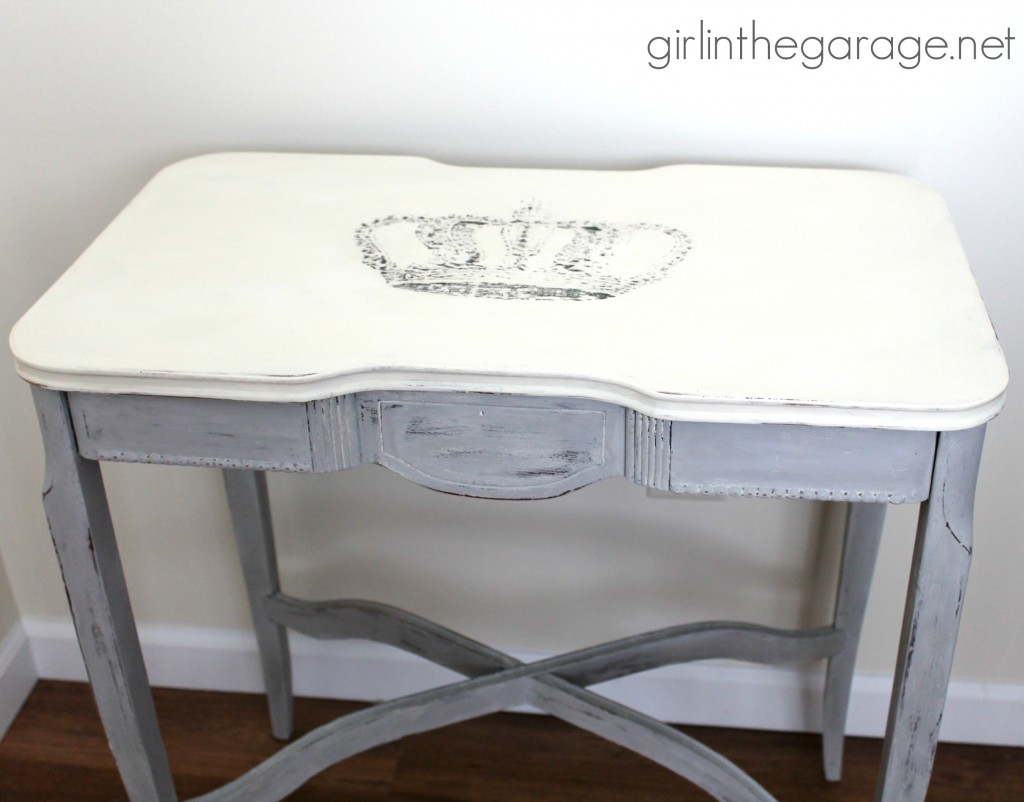 10 - Girl in the Garage - Crown Table