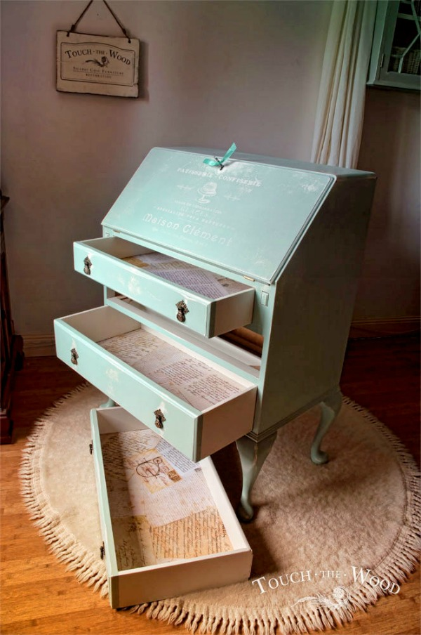 diy shabby chic bureau makeover reader feature the graphics fairy. Black Bedroom Furniture Sets. Home Design Ideas