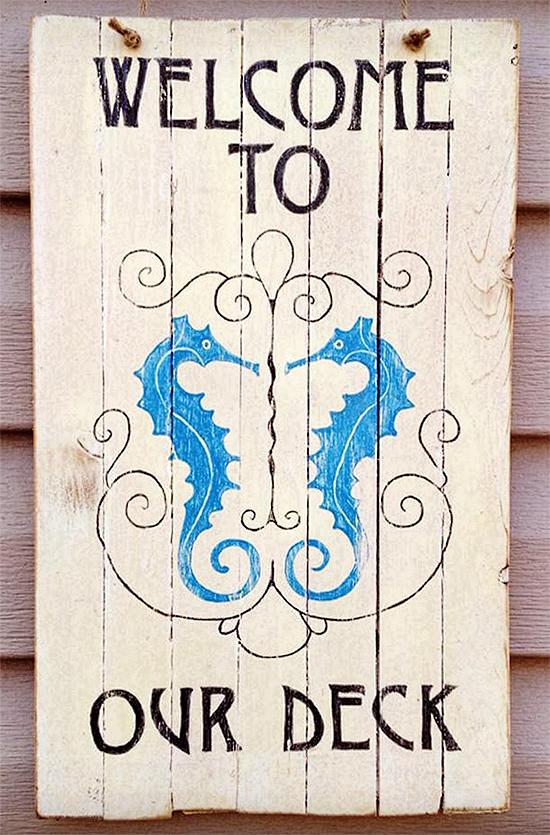 05 - DIY Seahorse Sign