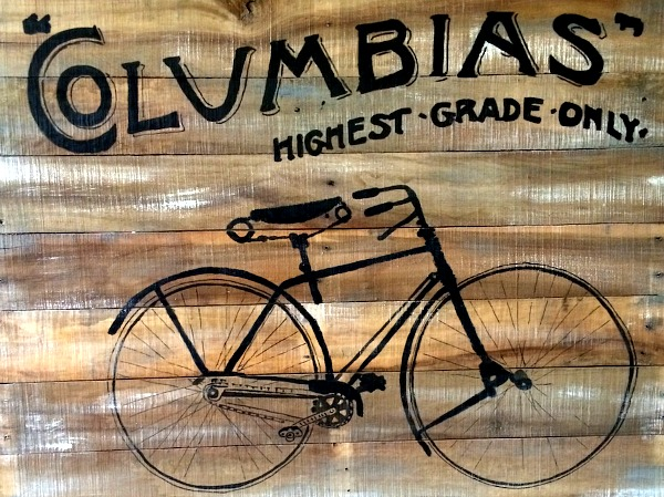 15 - Sue Grilli - Handpainted Bicycle Pallet Art
