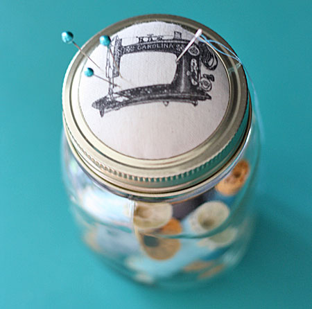 04 - Shabby Creek Cottage - Jar Pin Cushion