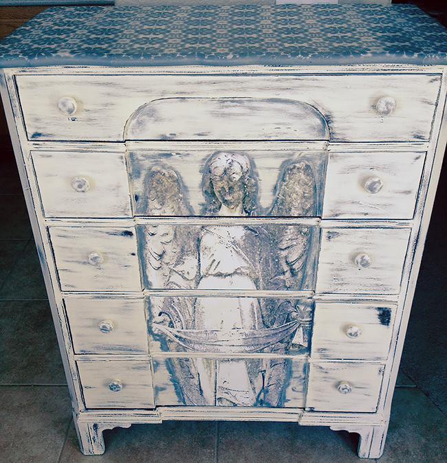 14 - Angie Spackman - Angel Dresser