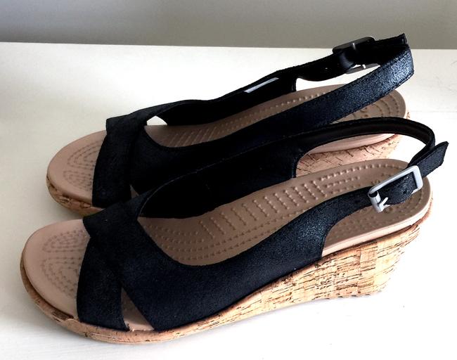 Crocs-Shoes-GraphicsFairy