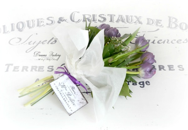 DSC_3096-how-to-easily-style-a-french-bouquet-copy