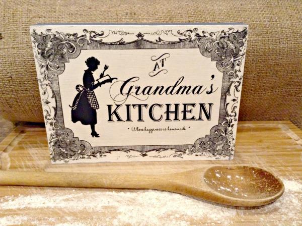 20 - Vintage Reflections - DIY Grandmas Kitchen Sign
