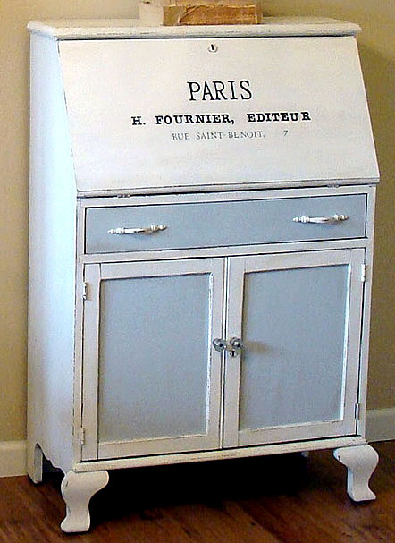 04 - The Decorating Diaries - Paris Desk