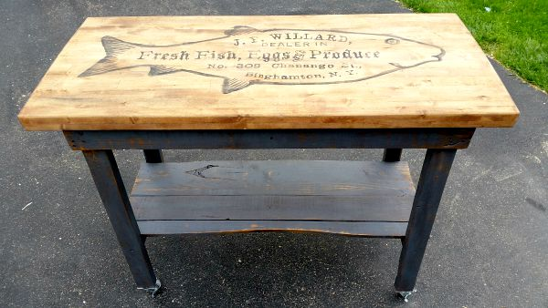 DIY Kitchen Island - Reader Feature - The Graphics Fairy