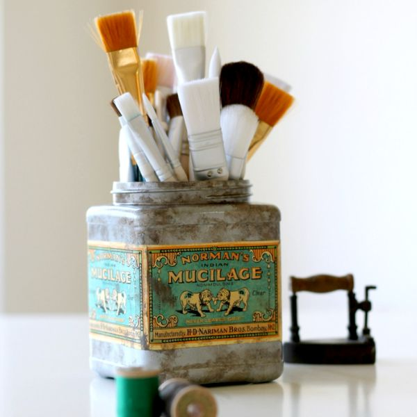 Faux-Vintage-Tin-from-Plastic-Tub-via-homework-1