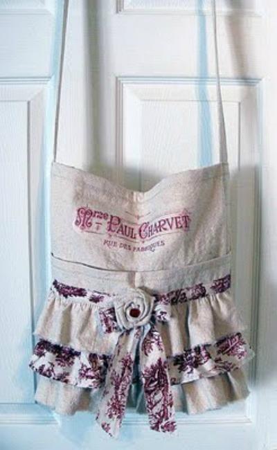 02 - Sharons Wannabe Cottage - Ruffled Bag